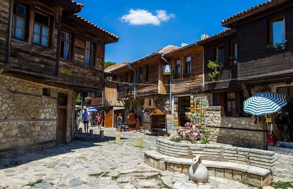 улицы в Несебре